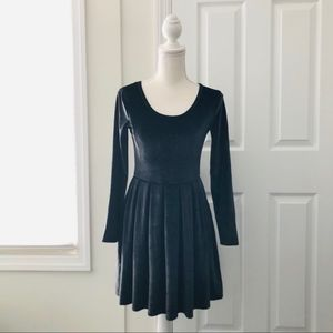 Talula Aritzia Black Grey Velvet Skater PleatDress